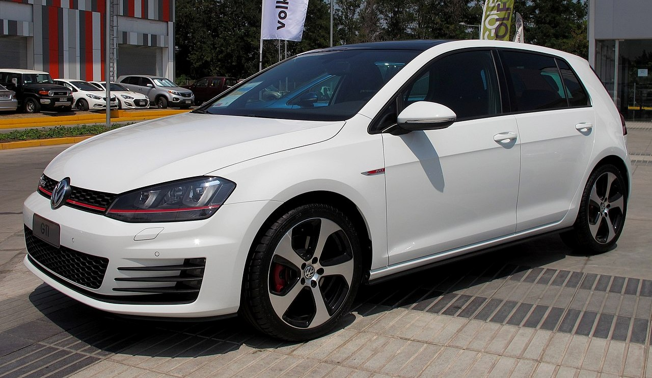 golf gti 7 prix prix du neuf volkswagen golf 7 gti 2016 en algerie fiche volkswagen golf gti. Black Bedroom Furniture Sets. Home Design Ideas